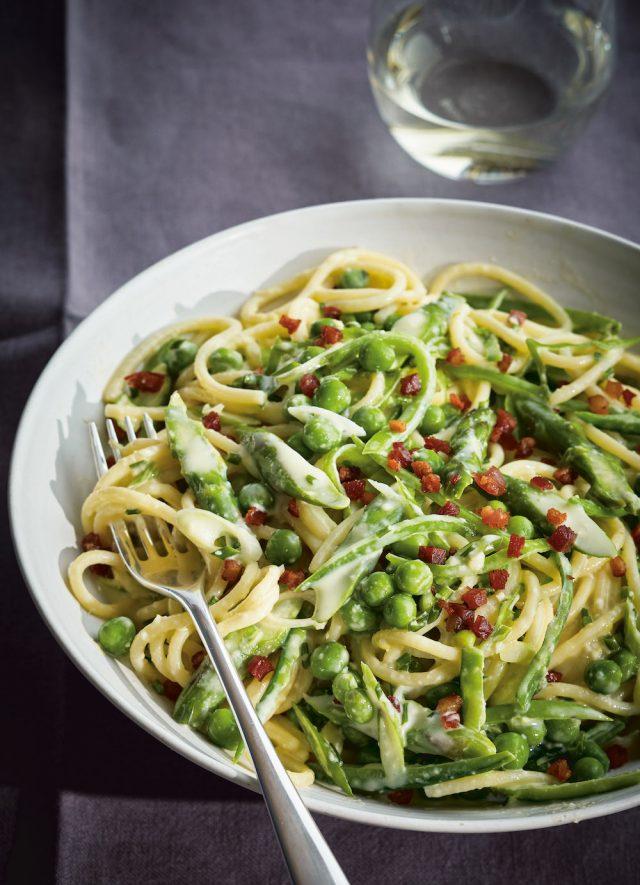 Spring Green Spaghetti Carbonara